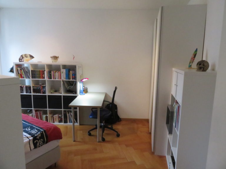 un bel espace bureau